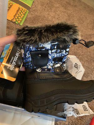 Dream Paris Toddler 10 Snow Boot for Sale in Visalia, CA
