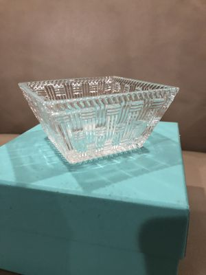 Tiffany and Co Crystal Bowl for Sale in Queens, NY