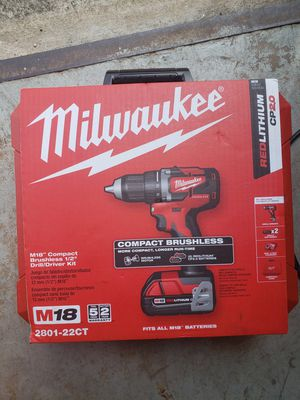 Milwaukee M18 Brushless Drill Driver kit for Sale in Pompano Beach, FL