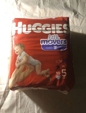 Huggies Little Movers Size 5 Diapers 19 ct. for Sale in Chesapeake, VA