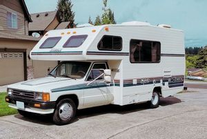 Sale at$1000 - 1989 Toyota Spirit 19 Foot Micro-Mini RV for Sale in Wichita, KS