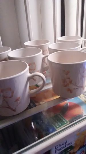 Corning Off-White Cups Negotiable for Sale in Los Angeles, CA