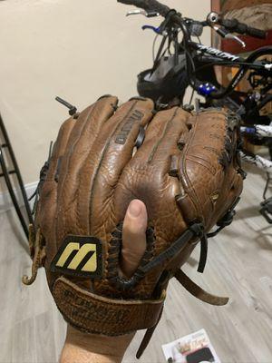"""Mizuno baseball softball Glove 12.5"""" for Sale in Miami, FL"""