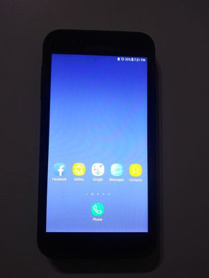 SALE! Samsung Galaxy J7 Crown- Tracfone. for Sale in Surprise, AZ