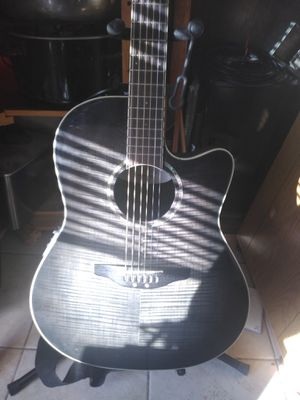 Ovation celebrity cc24 accoustic/electric guitar for Sale in Antioch, CA