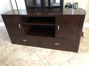 New Price!!!!!!!Hardwood entertainment center/hutch for Sale in NEW PRT RCHY, FL