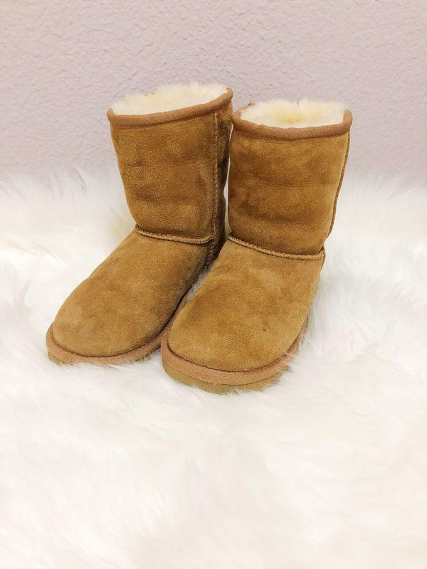 UGG K Classic Chestnut Boots