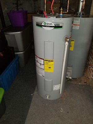 Water heater for Sale in Lawrence, MA