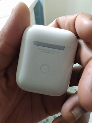 Apple airpods 2 Generation for Sale in Silver Spring, MD