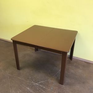 Dining table for Sale in Spring Valley, CA