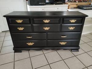 Dresser black 10 drawers 60 length 33 tall for Sale in Hemet, CA