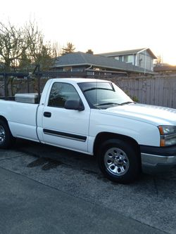 2005 CHEVY SILVERADO - 5.3L - LONG BOX - GREAT WORK TRUCK for Sale in SeaTac,  WA
