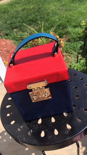 jayda wayda box purse for Sale in East Cleveland, OH