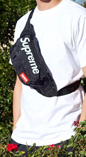 New Shoulder / Waist Bag for Sale in Las Vegas, NV