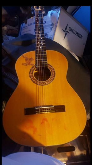 Homa guitar for Sale in Ontario, CA