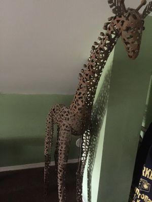 Metal giraffe 5 foot for Sale in Chicago, IL