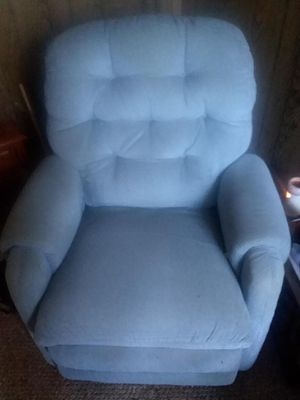 Electric Recliner for Sale in Amelia Court House, VA