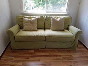 Crate and barrel sofa. for Sale in Chicago, IL