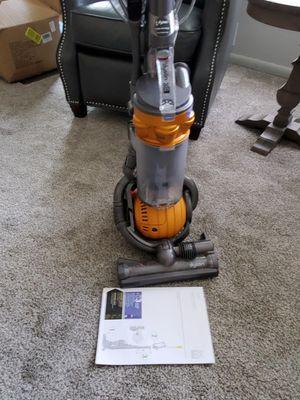 Dyson DC 25 vacuum for Sale in Allen Park, MI