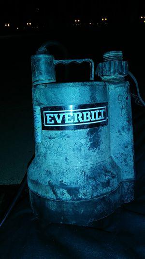Everbilt 1/6 Hp Plastic Utility Pump for Sale in San Francisco, CA