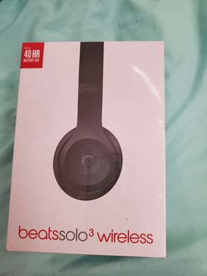 Beats by Dre Solo 3 wireless Head phones for Sale in Des Moines, WA