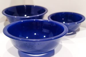Vintage Pyrex Cobalt Blue Clear Bottom Nesting Mixing Bowls 322 323 325 for Sale in Southlake, TX