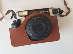 Fuji insta wide 300 camera for Sale in Raleigh, NC