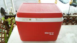 Vintage GOTT 34 Qt Outdoor Ice Chest Cooler (NICE) L@@K!!! for Sale in Mesa, AZ