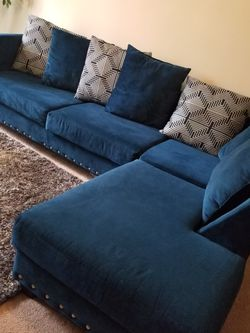 Couch Used Good Condition for Sale in Austell,  GA