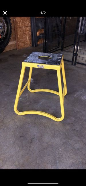 Dirtbike stand for Sale in Fontana, CA