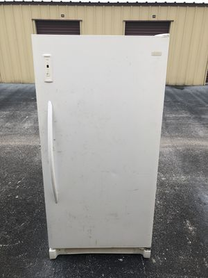 2013 White 17 Cubic Feet Frost Free Freezer for Sale in Spring Hill, FL