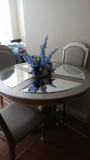 Dining room set for Sale in Pittsburgh, PA