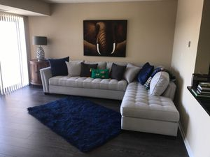 Cindy Crawford Platinum Grey Sectional for Sale in Alexandria, VA