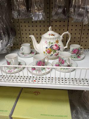Tea pot set for Sale in Everett, MA