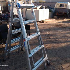 Werner Mt22 Telescoping Ext Ladder for Sale in Phoenix, AZ