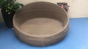Outdoor Furniture - Round Bed (No Cushion) for Sale in Fort Lauderdale, FL