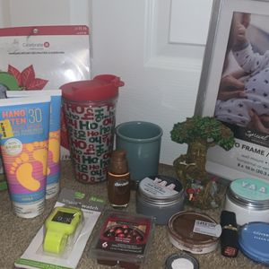 ALL ITEMS $2 EACH for Sale in Lombard, IL