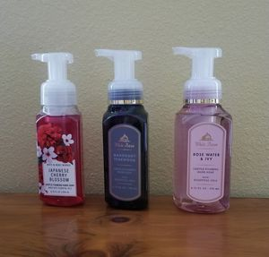BATH AND BODY WORKS HAND SOAP! for Sale in Arlington Heights, IL