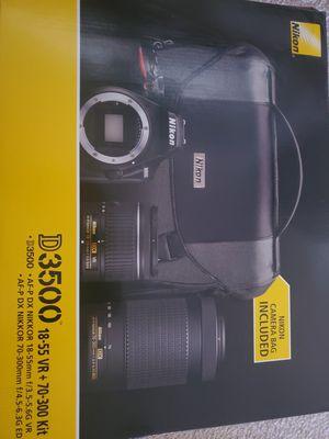 Nikon D3500 camera for Sale in Lake Elsinore, CA