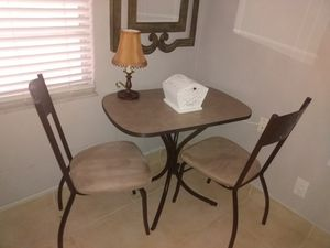 MOVING SELL!! KITCHEN TABLE AND TWO CHAIRS $45 FIRM for Sale in Pompano Beach, FL