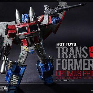 Hot Toys Optimus Prime Starscream Edition for Sale in Tacoma, WA