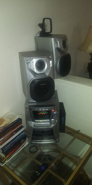 Panasonic CD Stereo System for Sale in St. Petersburg, FL