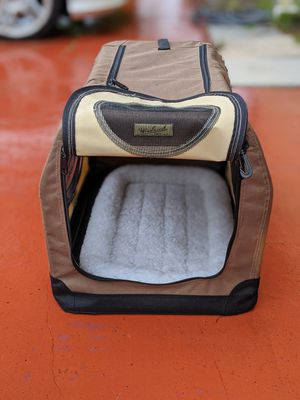 Woolrich Small Dog Crate with 2 Zippered Openings. Includes Mat. $35 OBO for Sale in Lake Worth, FL