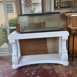 Fish Tank & Base for Sale in Fort Lauderdale, FL