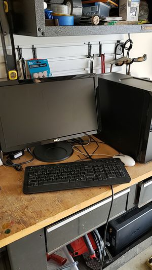 Dell vostrow computer with 2 hard drives and a 21 inch monitor, and keyboard And mouse for Sale in Spring Hill, TN