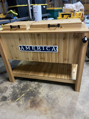 Cedar patio cooler stand for Sale in Lakewood, CO