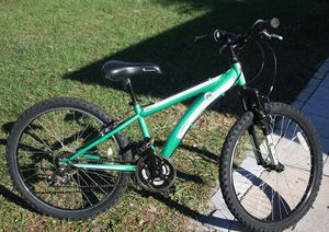 "24"" Diamondback Cobra24, 21 speed, front suspension for Sale in Kissimmee, FL"