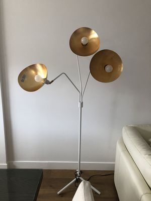 Standing lamp for Sale in Glendale, CA