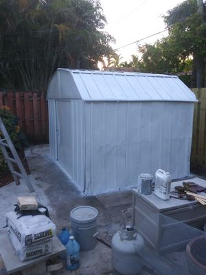We respray shed make it look liike new for Sale in Oakland Park, FL