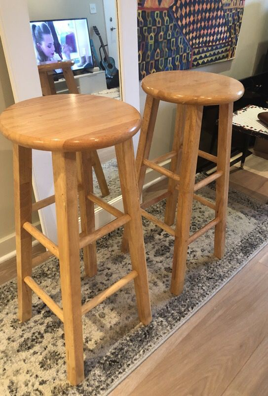 Wooden bar stool 29 in
